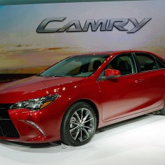 Toyota Camry 2016 ra mắt tại New York Autoshow
