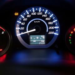 Loại bỏ nỗi lo khi đèn báo nhiên liệu bật sáng