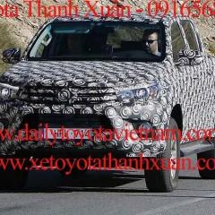 Toyota Hilux 2016 lộ diện danh mục động cơ