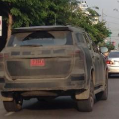 Toyota Fortuner 2016 lộ diện khi chạy thử trên đường phố Thái Lan