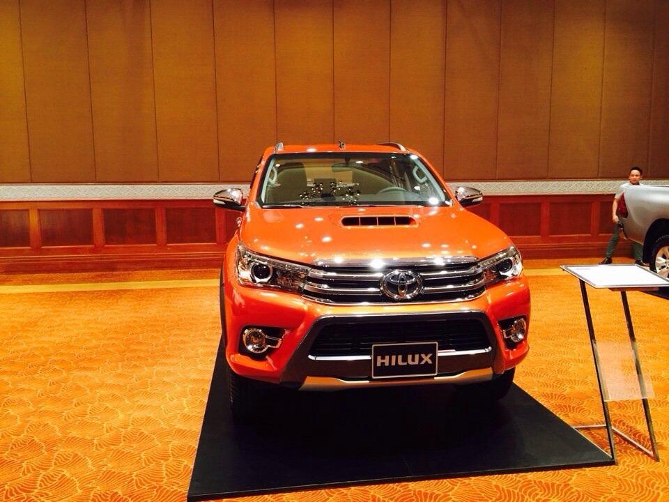 Toyota Hilux 2016 được kỳ vọng sẽ tạo nên một con sốt không hề nhẹ tại phân khúc xe bán tải.